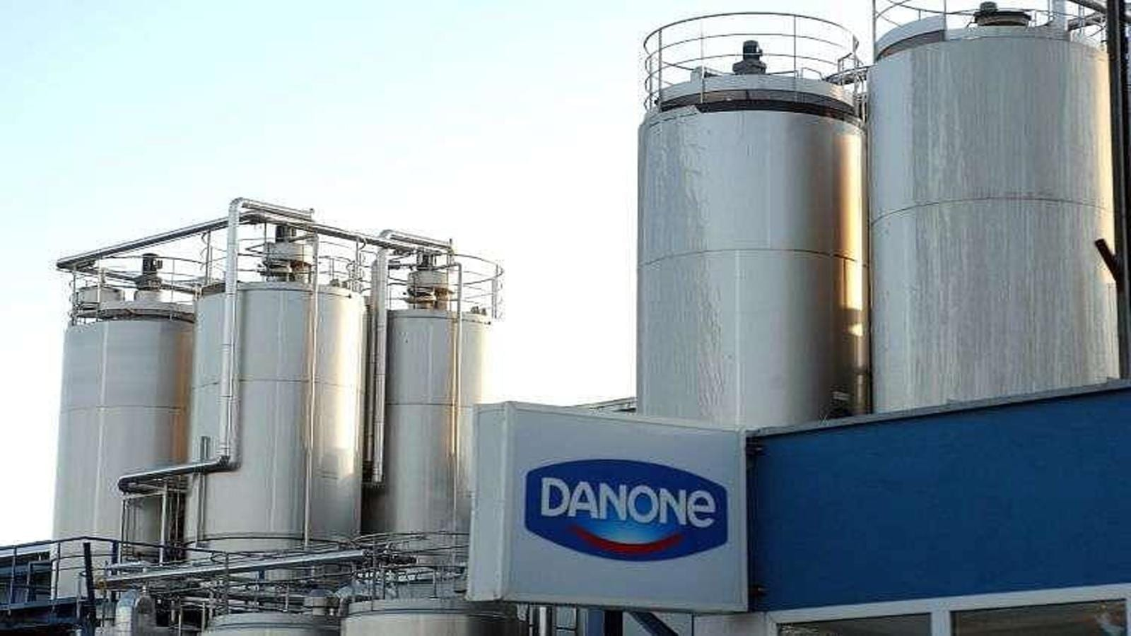 Danone bounces back to profitable growth in H1, announces board revamp, share buyback program