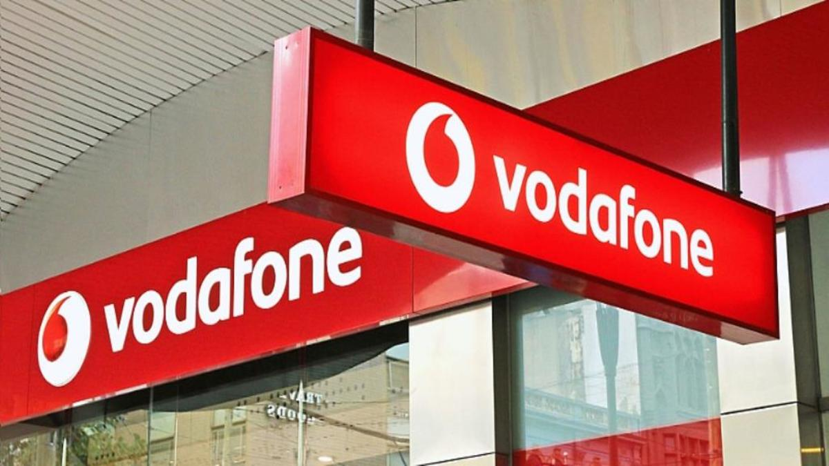 Vodafone extends zero charge on mobile money transfers